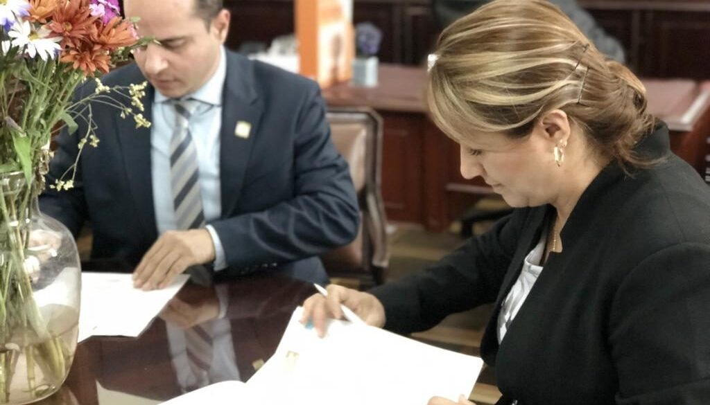 Paola y Juan proyecto para reembolso