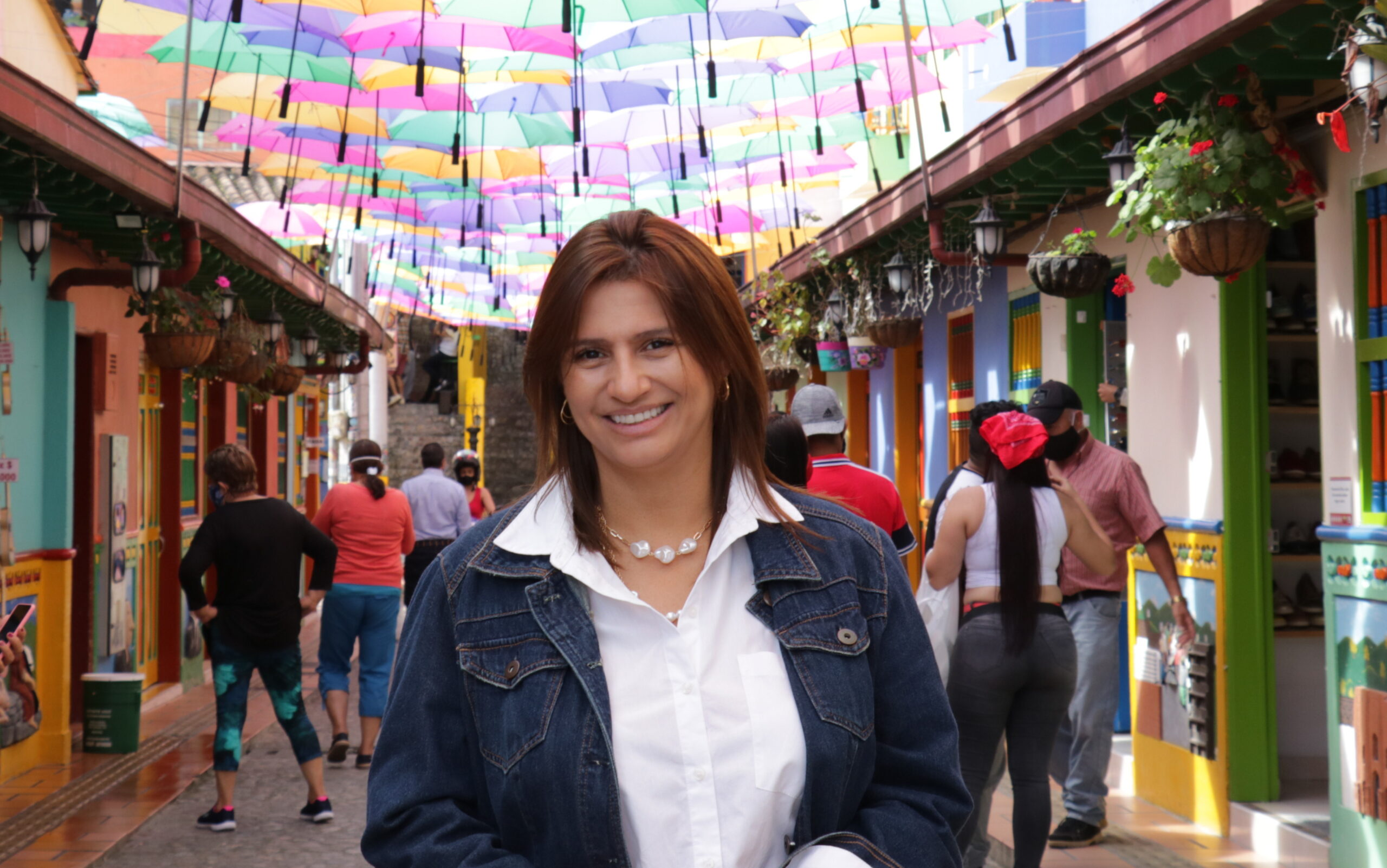 Paola-Andrea-Holguin-Guatapé